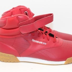 Exculsive Reebok Red With Strap